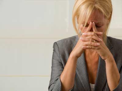 Многих женщин среднего возраста интересуют способы лечения климакса.