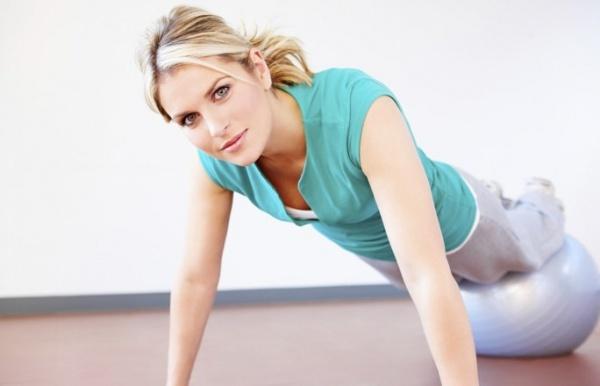 Женщинам необходимо больше двигаться для поддержания здоровья