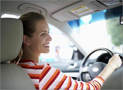 Женщина – водитель. За или против?