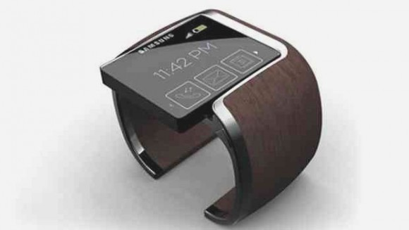Умные часы Samsung Galaxy Gear получат камеру