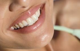 Процесс привыкания к зубному протезу
