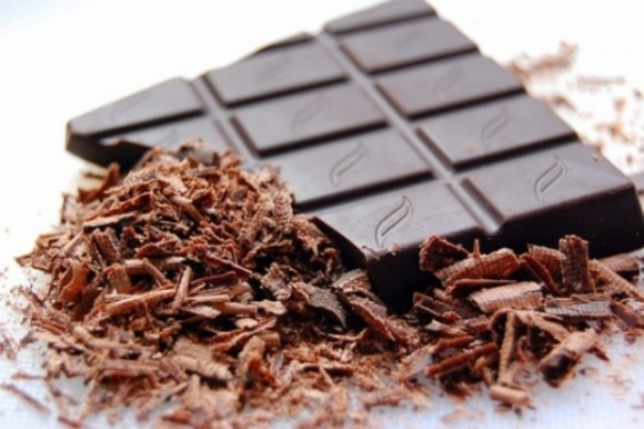 Ученые нашли вкусный метод борьбы с одним из симптомов ПМС