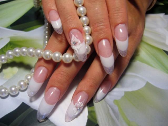 Наращивание ногтей: быть или не быть