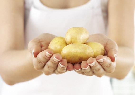 Маски для лица и шеи, приготовленные на основе картофеля