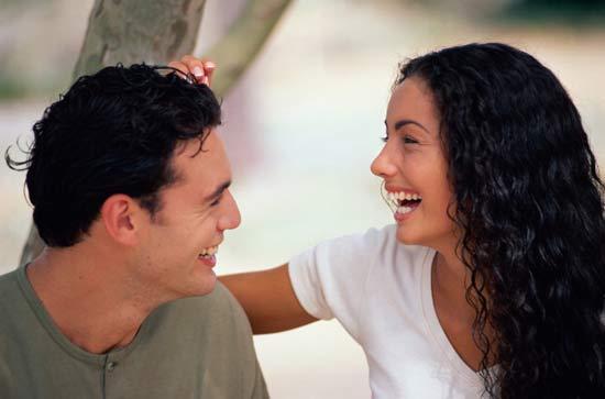 Количество друзей-мужчин влияет на качество интимной жизни женщины