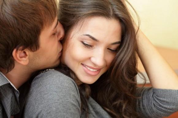 Социальные факторы влияют на сексуальное желание женщины сильнее гормонов