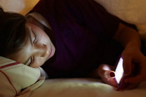 Ученые заявили, что смартфоны негативно отражаются на интимной жизни