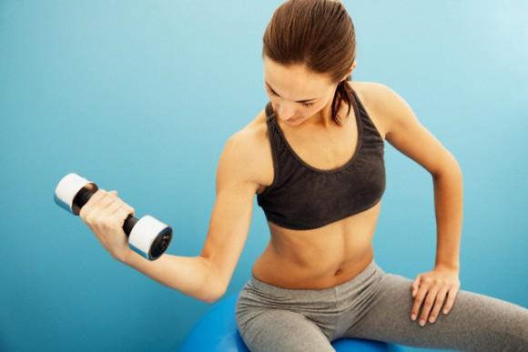Силовые упражнения положительно сказываются на личной жизни женщины