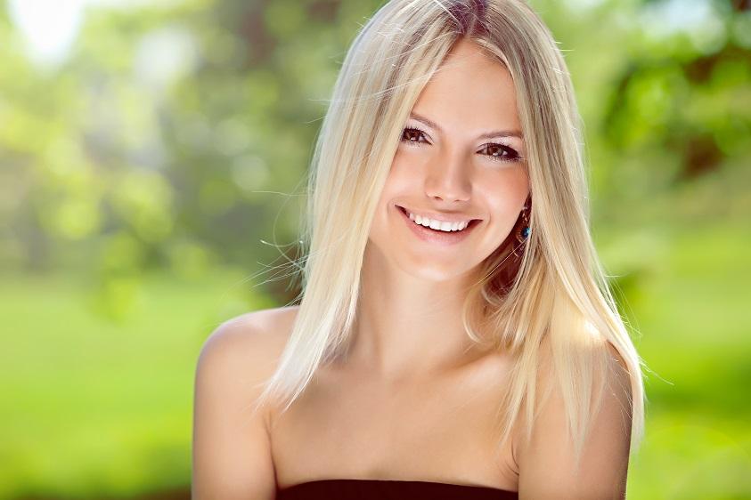 5 способов осветлить волосы, не повредив их