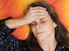 Ученые рассказали, почему менопауза сопровождается сильнейшими головными болями