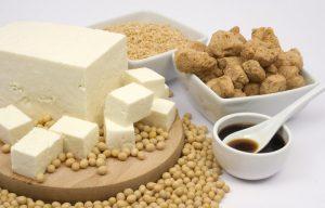 Соевые продукты: средство профилактики остеопороза у женщин в период менопаузы