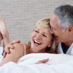 После 40 лет интимная жизнь становится разнообразнее, показало исследование