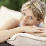Менопауза мучит приливами, нервозностью и расстройством сна