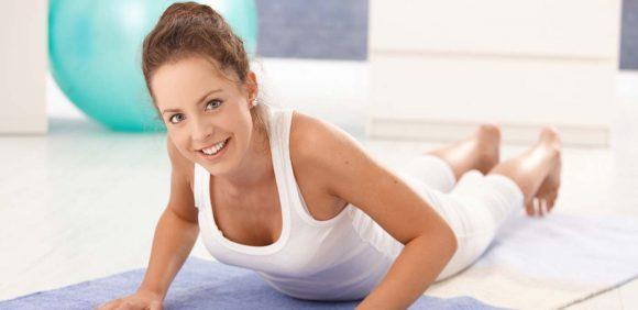 Красота женщины в здоровой спине