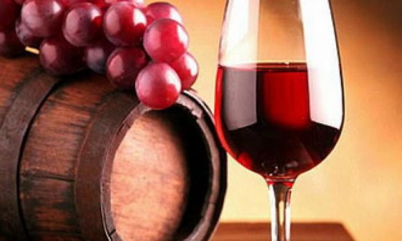 Компонент красного вина способен восстановить гормональный баланс