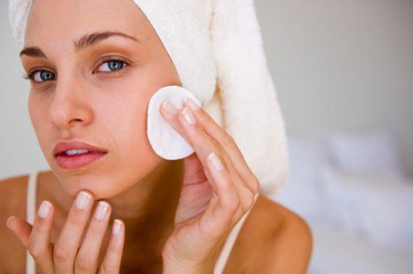 Уход за кожей на лице народными способами
