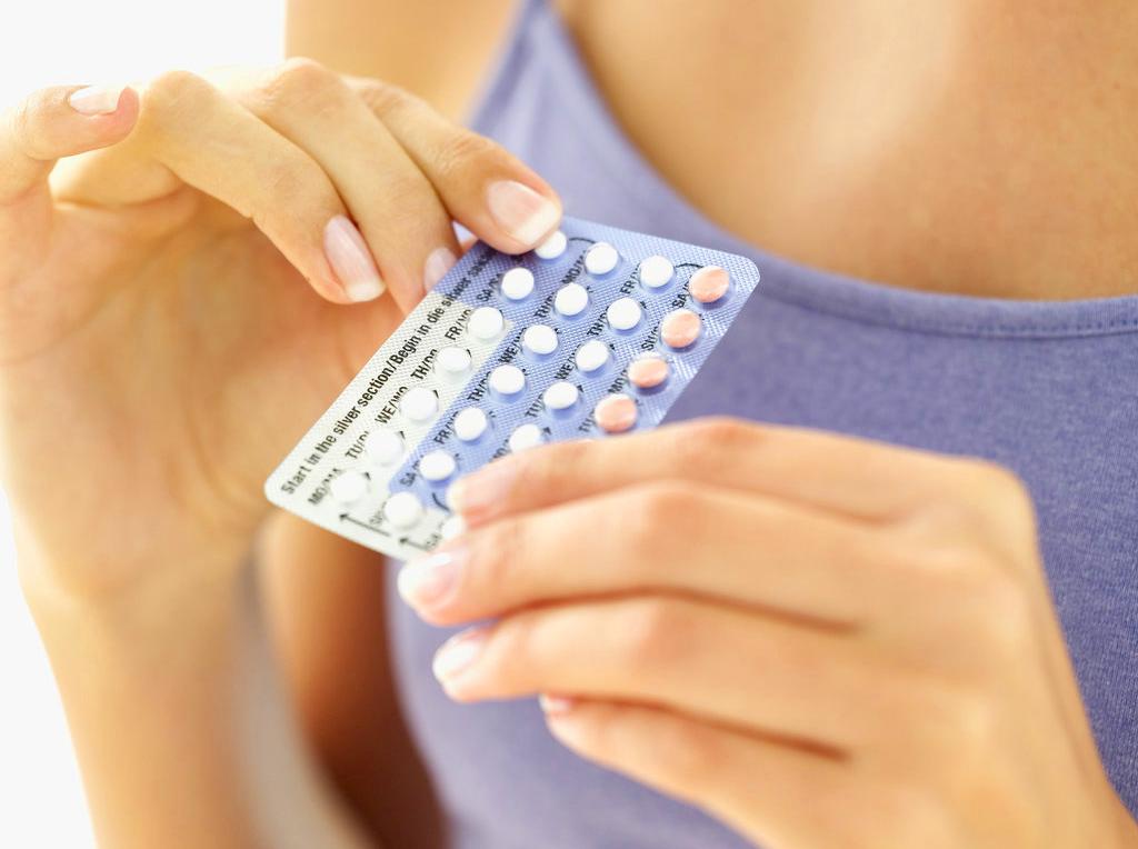 Противозачаточные таблетки приводят к проблемам с кишечником