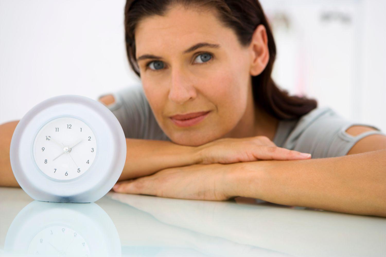 Ранняя менопауза у женщин влияет на их дочерей