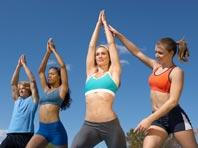 Йога и фитнес не избавляют от симптомов менопаузы