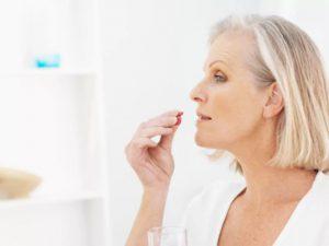 Гормональная терапия в период менопаузы повышает риск возникновения рака груди