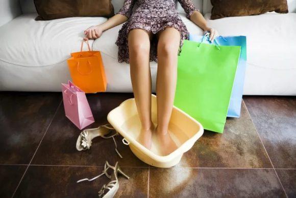 Плоскостопие может быть причиной болезненных менструаций