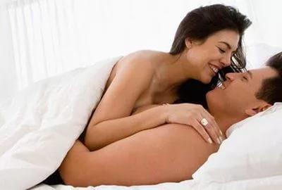 Регулярная половая жизнь убережет женщину от заболеваний сердца