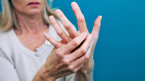 Менопаузный артрит: что делать