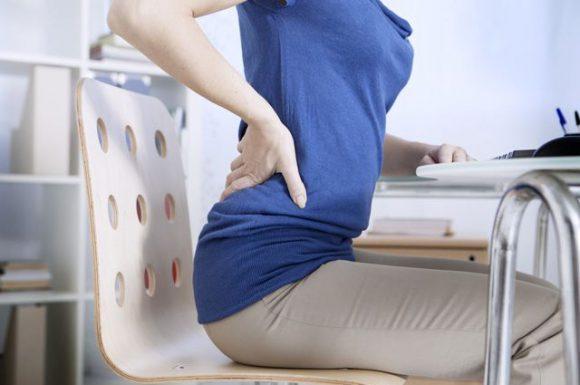 Боль в спине, растяжение мышц и связок