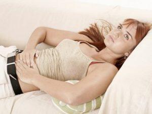 Какие народные средства помогут снять менструальную боль