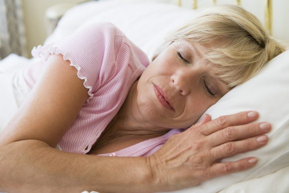 Проведено исследование качества сна у женщин в менопаузе