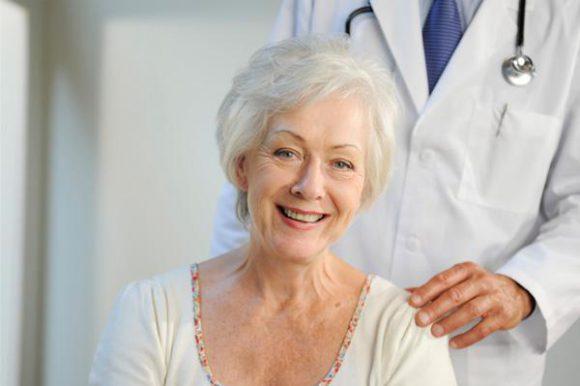 Заместительная гормонотерапия в менопаузе уменьшает проявления синдрома «сухого глаза»