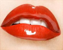 Как визуально увеличить губы с помощью упражнений