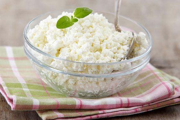 О пользе и пищевой ценности творога (или свернувшегося молока)