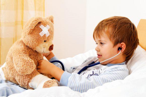 Как избежать ошибок при лечении ОРВИ у ребенка