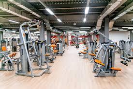 Три групповые тренировки в фитнес-клубе