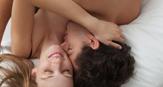 Регулярный секс помогает женщинам сохранять молодость