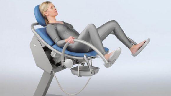 Медики выступают против проведения осмотров в гинекологическом кресле