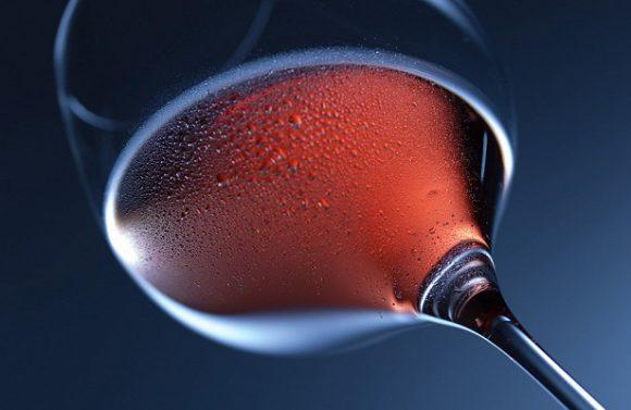 Красное вино повышает шансы на зачатие