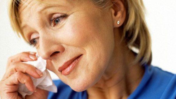 Средняя менопауза длится более трех лет