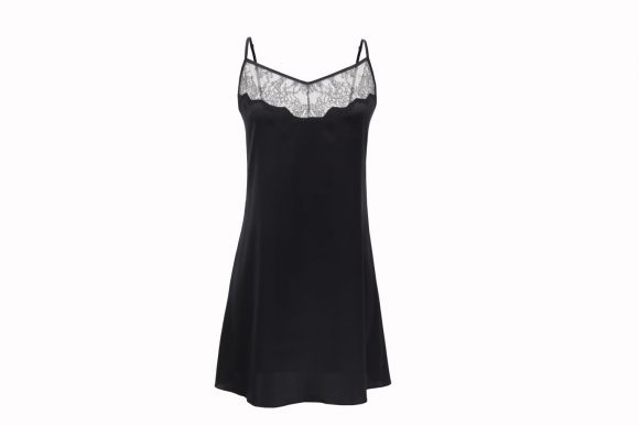 Ночная сорочка — неотъемлемый атрибут современной представительницы прекрасного пола