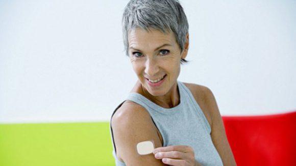 Гормональные пластыри позволяют снизить риск развития инсульта при менопаузе