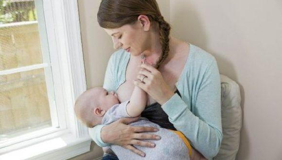 Грудное вскармливание защищает женщин от эндометриоза