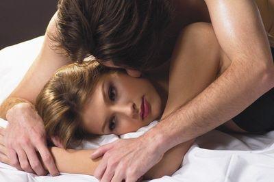 Как влияет секс на месячные?