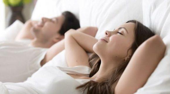 Для достижения оргазма женщинам необязательно расслабляться