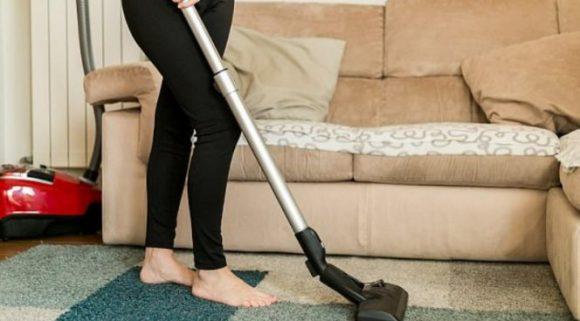 Выполнение домашних дел в пожилом возрасте разрушает женское здоровье