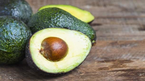 Медики подсказали, какой фрукт особенно полезен для женщин