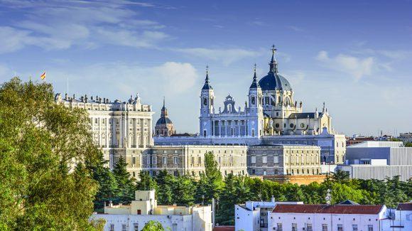 Авиабилеты из Мадрида в Москву
