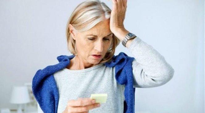 Тяжелая менопауза старит женщину на два года