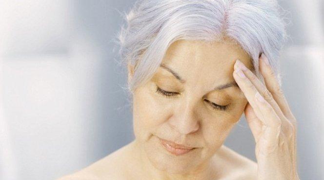 Врачи путают менопаузу и старческое слабоумие