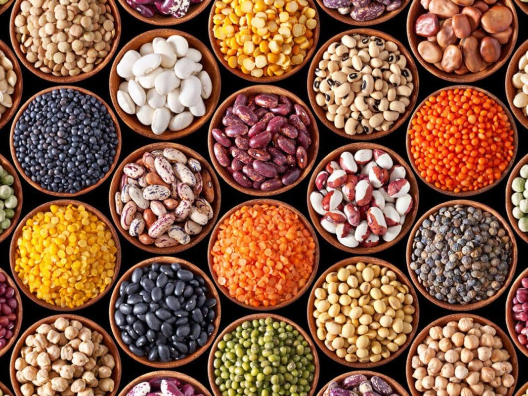 Какие витамины врачи советуют принимать при климаксе?